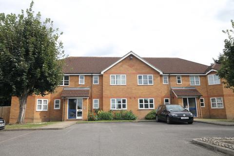2 bedroom flat for sale - Homfeield Close, UB4