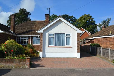 2 bedroom bungalow to rent - Rockliffe Avenue, Kings Langley, Herts, WD4