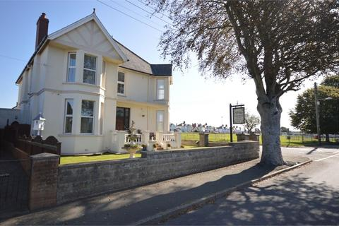 7 bedroom detached house for sale - Park Avenue, Cardigan, Ceredigion