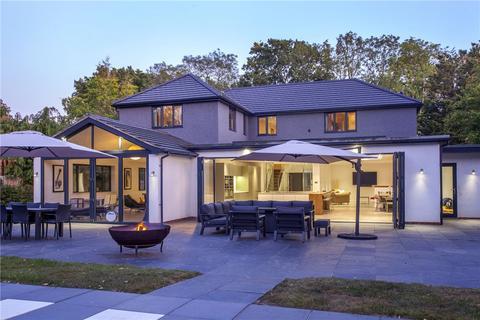 6 bedroom detached house for sale - Vines Lane, Hildenborough, Tonbridge, TN11