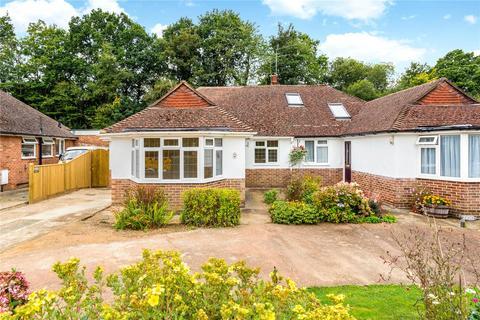 3 bedroom semi-detached bungalow for sale - Delves Avenue, Tunbridge Wells, Kent, TN2