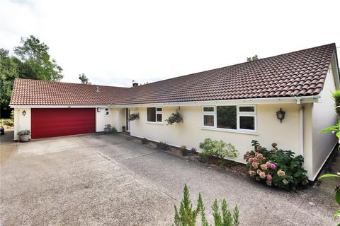 4 bedroom detached bungalow for sale - Upper Harbldown, Canterbury, Kent, CT2