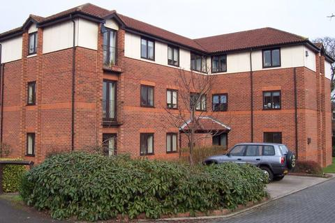 2 bedroom apartment to rent - Orchard House (3)