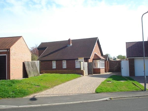 4 Bedrooms Detached Bungalow for sale in Priory Gardens, Norton, Stockton On Tees TS20