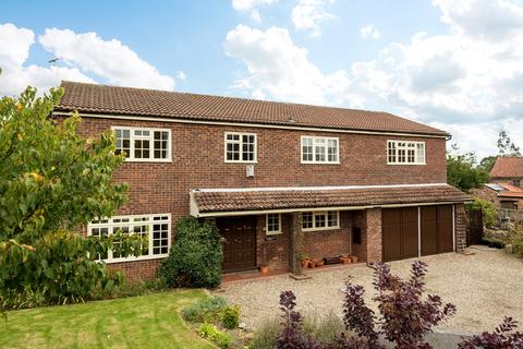 5 bedroom detached house for sale - East End, Sheriff Hutton, York, YO60