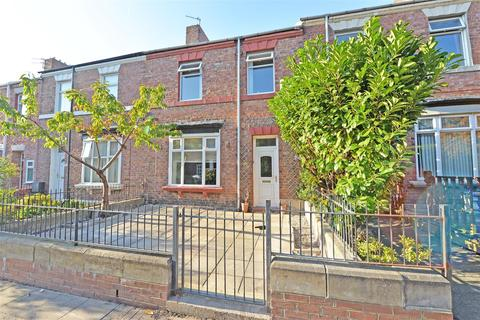 3 bedroom terraced house for sale - Claremont North Avenue, Gateshead