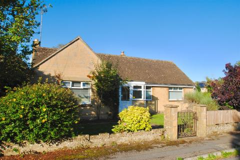 3 bedroom bungalow for sale - The Leaze, Ashton Keynes, Swindon