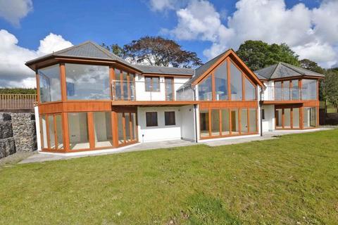 5 bedroom detached house to rent - Lostwithiel