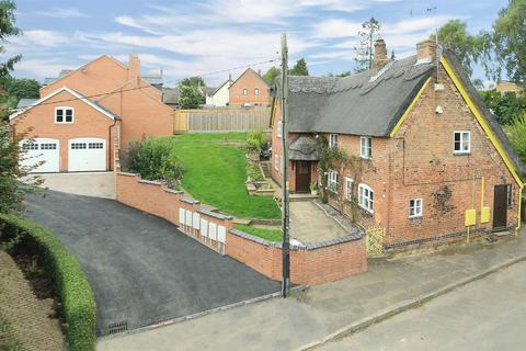 4 bedroom cottage for sale - Long Lane, Billesdon, Leicester