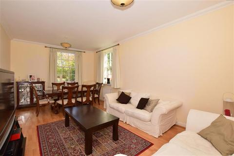 3 bedroom ground floor flat for sale - The Tracery, Banstead, Surrey