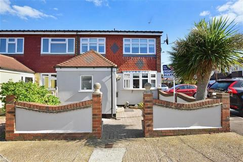 3 bedroom semi-detached house for sale - Hamilton Drive, Harold Wood, Essex