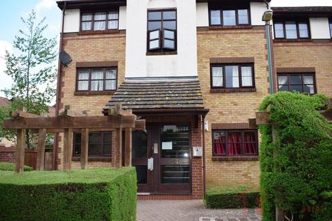 1 bedroom flat for sale - One bedroom flat Foxglove way, Hackbridge, SM6