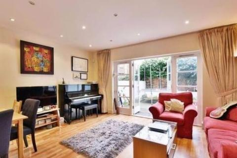 3 bedroom terraced house to rent - Heath Villas, Greencroft Gardens, South Hampstead, NW6