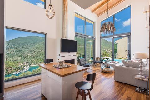 10 bedroom cluster house - Lefkada