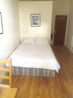 Studio to rent - Queensway / Bayswater / Hyde Park/ paddington W2