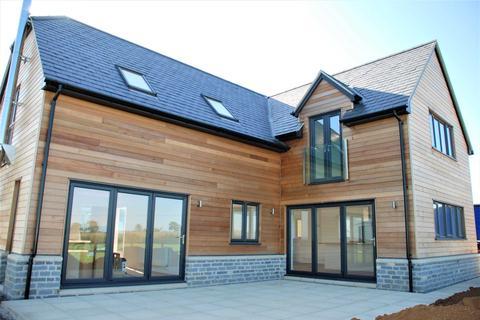4 bedroom detached house to rent - Buckland Dinham