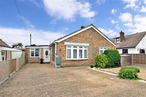 4 bedroom detached bungalow for sale - Dunes Road, Greatstone, Kent