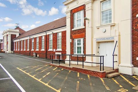 Studio to rent - Swan Street, Monkwearmouth, Sunderland, Tyne and Wear, SR5 1HB