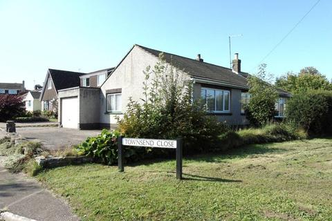 3 bedroom detached bungalow for sale - Townsend Close, St. Briavels, Lydney