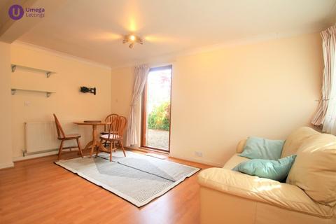 2 bedroom mews to rent - Raeburn Mews, Stockbridge, Edinburgh, EH4