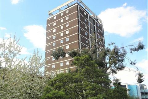 2 bedroom flat to rent - Clarendon Road, Wallington, Surrey