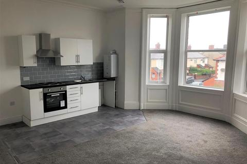 1 bedroom apartment to rent - 32 Holden Road flat 3, Brighton-Le-Sands, Crosby