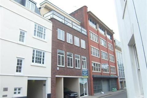 2 bedroom apartment to rent - Elm Street