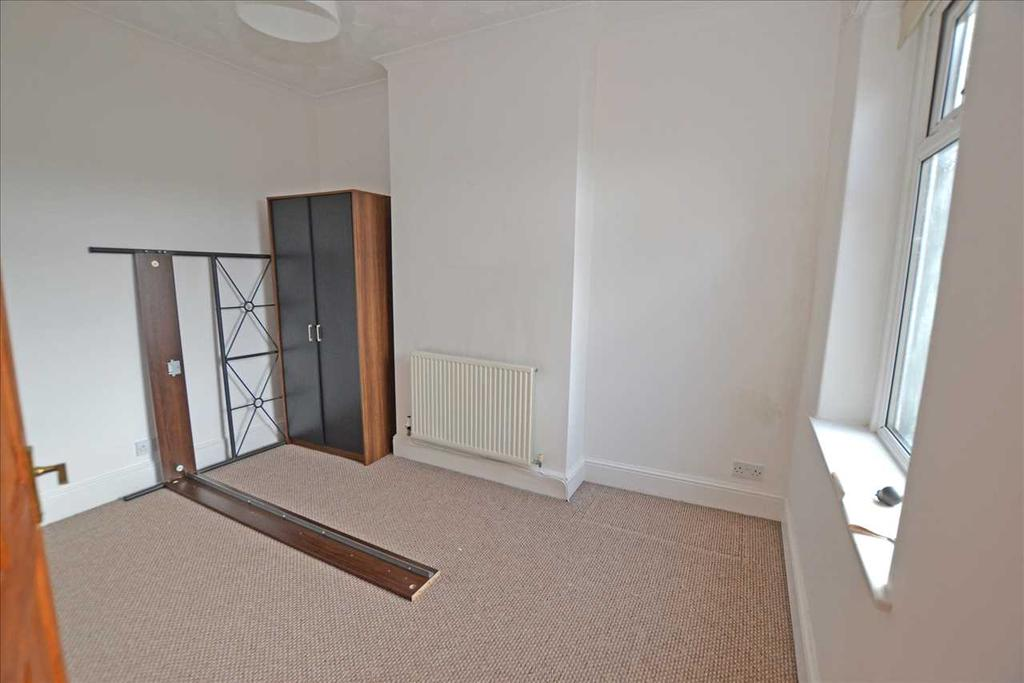 Middle bedroom no. 2