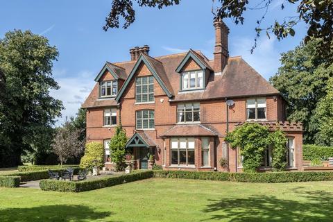 6 bedroom manor house for sale - Erpingham