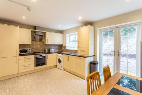 5 bedroom house to rent - Bensham Road