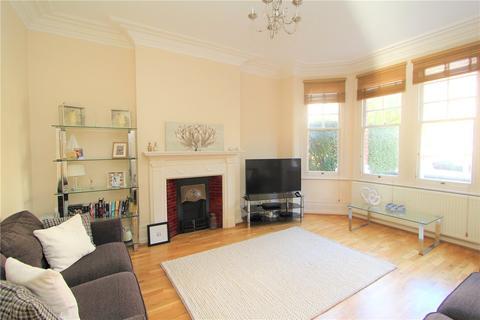 3 bedroom flat to rent - Woodgrange Avenue, Ealing, London, W5