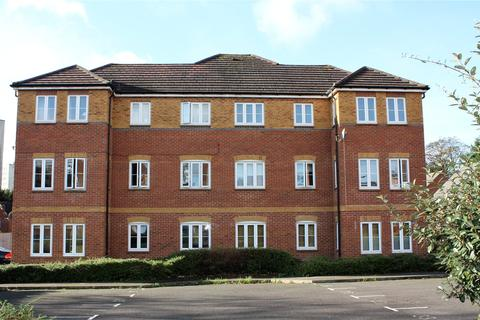 2 bedroom apartment to rent - Swallows Croft, Reading, Berkshire, RG1