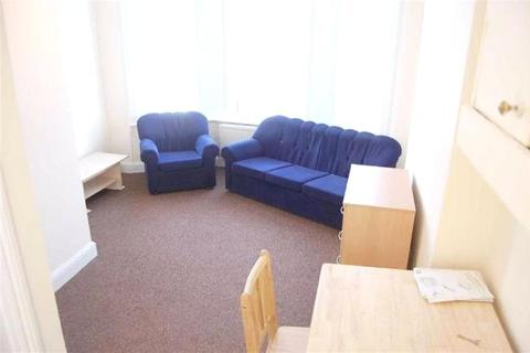1 bedroom apartment to rent - High Road, North Finchley, N12