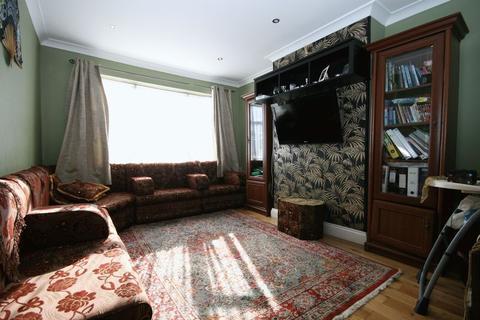 3 bedroom ground floor maisonette for sale - Riverside Gardens, Wembley HA0