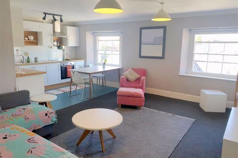 2 bedroom flat for sale - De Rutzen, Narberth, Pembrokeshire