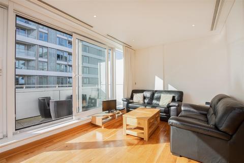 3 bedroom apartment to rent - Hawker Building, Chelsea Bridge Wharf, London, SW11