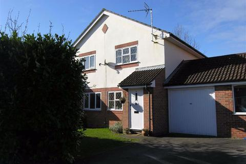 2 bedroom semi-detached house to rent - Collins Close, RG14