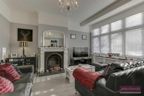 5 bedroom end of terrace house for sale - Berkeley Gardens, Winchmore Hill