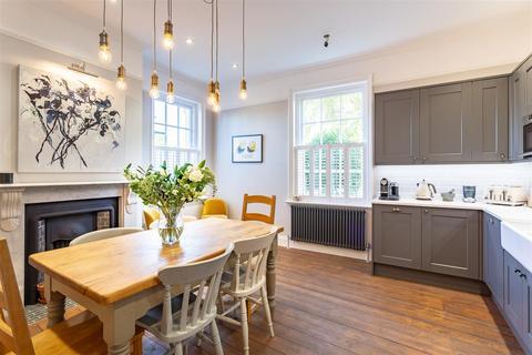 3 bedroom apartment for sale - Greenway Lane, Charlton Kings, Cheltenham