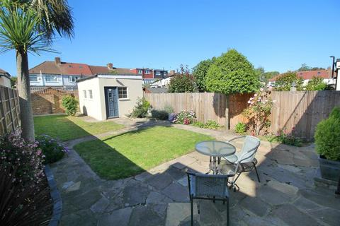 3 bedroom end of terrace house for sale - New Park Avenue, London