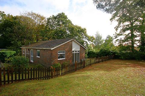 3 bedroom detached bungalow for sale - Lilliput Road, Lilliput, Poole