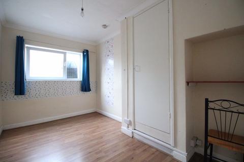 Studio to rent - Biggleswade Town Centre - Ref: D285AH
