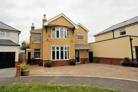 4 bedroom detached house for sale - Leamington Grove, Old Town, Swindon, SN3