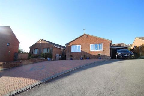 2 bedroom detached bungalow for sale - Haymoor Avenue, Weymouth, Dorset