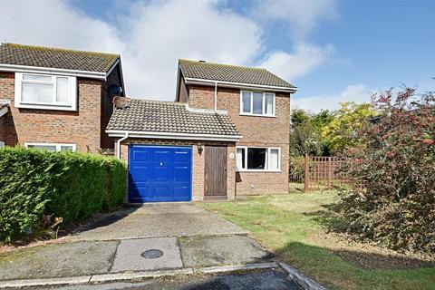 2 bedroom detached house for sale - Gleneagles Close, Bexhill-On-Sea