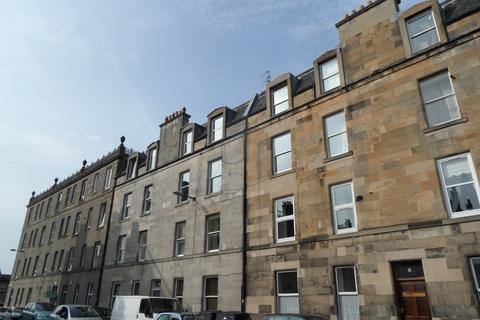 2 bedroom flat to rent - Mentone Avenue, Portobello, Edinburgh, EH15 1HZ