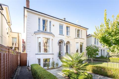 4 bedroom semi-detached house for sale - St. Lukes Road, Cheltenham, Gloucestershire, GL53