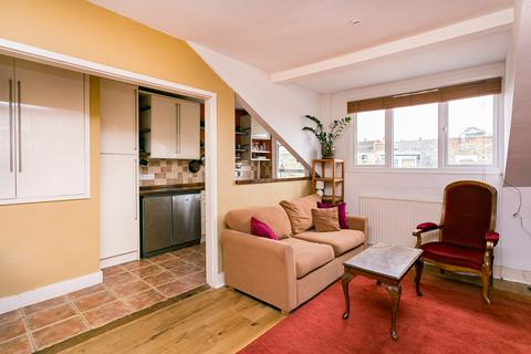 2 bedroom flat for sale - Brailsford Road, Brixton