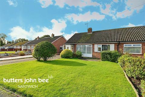 2 bedroom bungalow for sale - Burlea Drive, Shavington