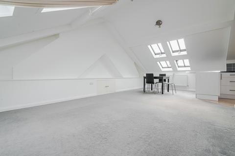 1 bedroom apartment to rent - Penhurst Mansions